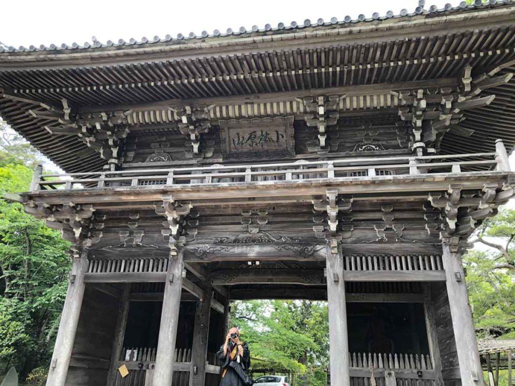鏡忍寺山門