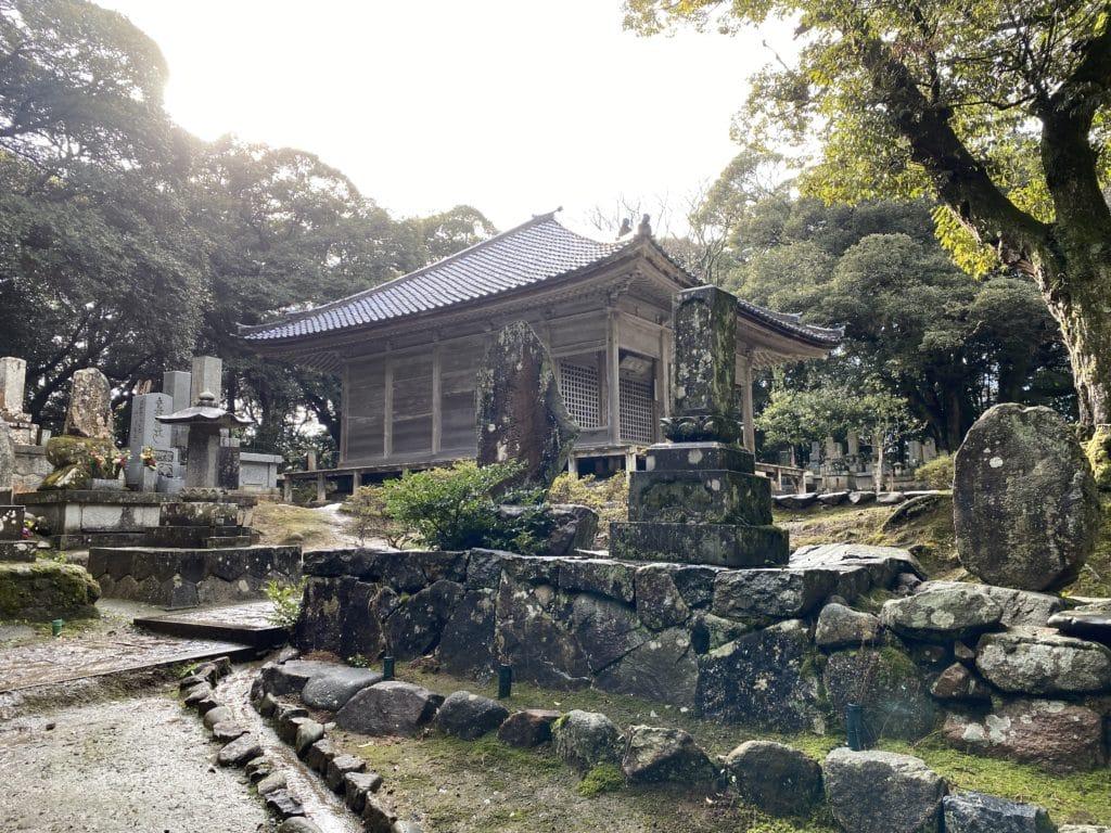 妙成寺内 経堂