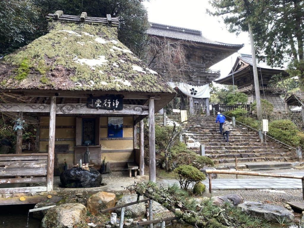 妙成寺内 浄行堂